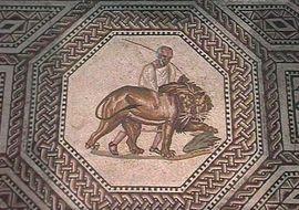 Mosaikfußboden: Gladiatorenkampf